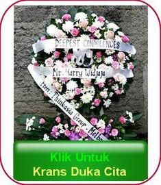 bunga krans duka cita Online Flower Shop, Table Flowers, Condolences, Jakarta, Wreaths, Bb, Door Wreaths, Deco Mesh Wreaths, Floral Arrangements