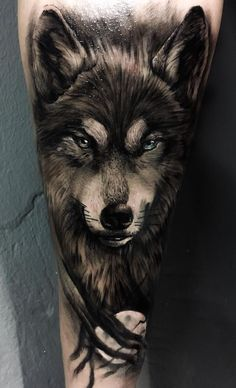 As we mentioned above, today we're going to satisfy our ink hunger with the most beautiful wolf tattoo designs that the internet has ever seen Wolf Tattoos Men, Animal Tattoos, Leg Tattoos, Body Art Tattoos, Cool Tattoos, Tattos, Wolf Tattoo Forearm, Wolf Tattoo Sleeve, Arm Band Tattoo