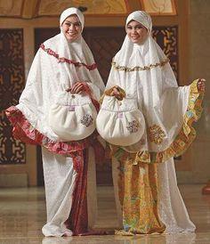 Mukena Batik Kenanga - Mukena atas katun bordir. Bawahan printing halus. Size XL. Warna fanta, kuning,tosca, orange dan coklat. $45.00 on Dzakirah boutique