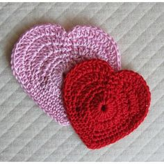 Simple Hearts - Free Crochet pattern by Many Creative Gifts @ LoveKnitting