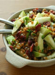Salada de Trigo com Maçã (vegana)