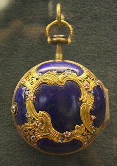 Antique Pocket Watch - Ashmolean Museum | da noriko.stardust