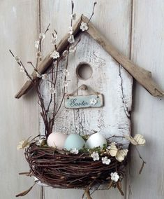 spring decoration tinker with natural materials wood-birdhouse-bird nest branches -.- spring decoration tinker with natural materials wood-birdhouse-bird nest-branches-easter eggs Spring Crafts, Holiday Crafts, Wood Crafts, Diy And Crafts, Cardboard Crafts, Fabric Crafts, Diy Ostern, Deco Floral, Easter Wreaths
