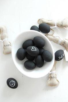Ovos de Páscoa preto e branco | Eu Decoro
