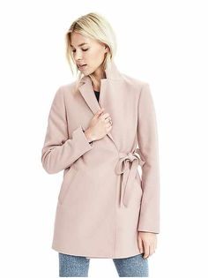 Petite Blazers: wool blazers, button blazers, velvet blazers, suit vests, tweed jackets in petite sizes   Banana Republic