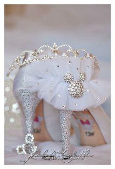 Disney Inspired Wedding, Cinderella Wedding, Princess Wedding, Wedding Disney, Disney Weddings, Disney Bride, Fairytale Weddings, Disney Diy, Intimate Weddings