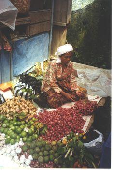 Market Day,  Bukittinggi, Sumatra
