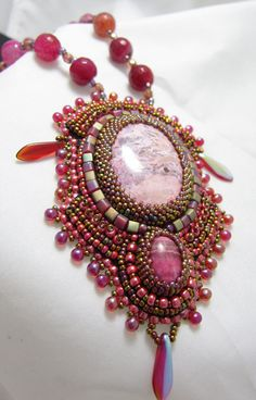 Cabochon Embroidery with square miyuki and Czech Dagger