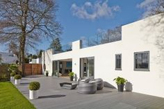 Modern House in Hamble-Le-Rice by LA Hally Architect
