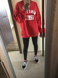 Fall outfit for school. Boohoo sweatshirt, vans old skool