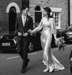 55 Ideas for Fall Weddings - Wedding Ideas and Wedding Inspiration Wedding Looks, Chic Wedding, Wedding Couples, Wedding Styles, Dream Wedding, Paris Wedding, Wedding Music, Rustic Wedding, Wedding Reception