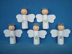 . Easy Christmas Crafts, Diy Christmas Ornaments, Christmas Angels, Simple Christmas, Christmas Holidays, Angel Crafts, Wooden Pegs, Bible Crafts, Advent