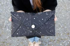 See Kate Sew shares a tutorial and free pattern for this simple and cute envelope clutch.:
