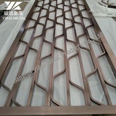 Metal Screen Decorative stainless steel Stainless Steel Screen, Wooden Main Door Design, Metal Screen, Unique Furniture, Mirror, Decoration, House, Ideas, Home