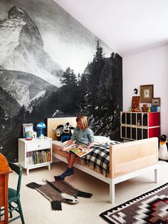 Mountain mural in kids bedroom. I've always wanted a mural to make you feel like you are there. Pantone Azul, Mountain Mural, Mountain Landscape, Casa Kids, The Design Files, Kid Spaces, My New Room, Boy Room, Child's Room