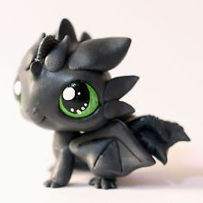 Toothless Dragon inspired Littlest Pet Shop LPS custom (by Piaslittlecustoms)