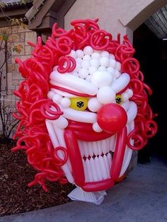 Clown face balloon sculpture