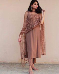 Silk Kurti Designs, Churidar Designs, Kurta Designs Women, Kurti Designs Party Wear, Salwar Suit Neck Designs, Casual Indian Fashion, Indian Fashion Dresses, Dress Indian Style, Indian Designer Outfits