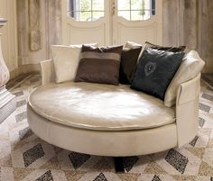 Sofas | Seating | Charme | Longhi | Giuseppe Viganò. Check it out on Architonic