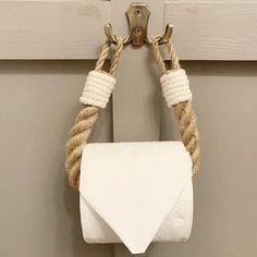 Rope Crafts, Diy Home Crafts, Diy Home Decor, Nautical Bathroom Decor, Eco Bathroom, Nautical Kitchen, Bathroom Towel Decor, Towel Holder Bathroom, Rope Decor
