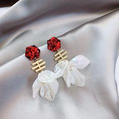 Charm Jewelry Korean New Flower Petal Long Drop Earrings For Women 2020 Fashion Jewelry Personality Party Pendientes | Touchy Style Cute Earrings, Unique Earrings, Women's Earrings, Earrings Handmade, Unique Jewelry, Charm Rings, Charm Jewelry, Pinterest Jewelry, Silver Charm Bracelet