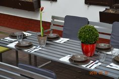 Mira Classica Edelstahl Gartenmöbel Outdoor Furniture, Outdoor Decor, Table, Home Decor, Stainless Steel, Decoration Home, Room Decor, Tables, Home Interior Design