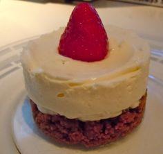 Cheesecake chocolat blanc-fraise sans cuisson