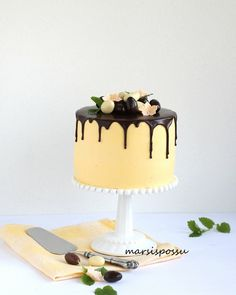 Yummy Treats, Sweet Treats, Pie Cake, Drip Cakes, Easter Cake, Piece Of Cakes, Sweet And Salty, Easter Recipes, Food To Make