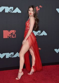 Beautiful Celebrities, Gorgeous Women, Sexy Outfits, Sexy Dresses, Sexy Legs And Heels, Lovely Legs, Look Fashion, Lady In Red, The Dress