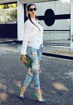 http://www.letterstolucia.com/blog/2017/03/27/camisa-blanca-y-jeans-rotos/