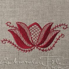 Blossoms from Lüganuse embroidery I