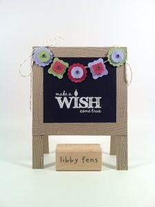 Super fun easel chalkboard card, featuring the Petite Curly Label Punch!