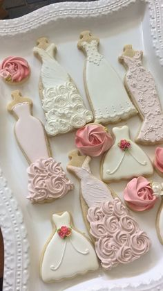 Pink and White Wedding Dress Cookies, 10 Pieces Pink and White Wedding Entourage Dress Bridal Shower Cookies, Bridesmaids Gifts, Spring Wedding, Pink And White Weddings, White Wedding Dresses, Wedding White, White Bridal, Bridesmaid Dresses, Perfect Wedding, Bridesmaid Ideas, Purple Wedding, Rustic Wedding