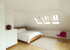 attic room 9 39 Attic Rooms Cleverly Making Use of All Available Space