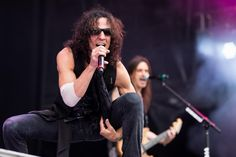 only Gary Cherone can do this