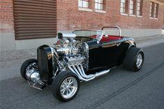 1932 FORD CUSTOM ROADSTE - Barrett-Jackson Auction Company - World's Greatest Collector Car Auctions