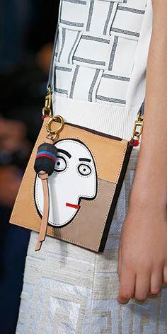 OMG! LOOOOVE!!! Xo Graphic faces on handbags #toryburch #toryburchspring15 #nyfw
