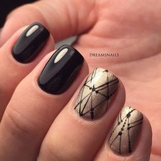 Black and gold nails, Black pattern nails, Christmas manicure on short nails, Evening short nails, Ideas for short nails, Nails ideas 2017, New Year nails 2017, New year nails ideas 2017