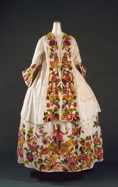We've come to the end of our rainbow. So to say goodbye, today's 'color' is the rainbow itself. Time to get colorful!  Venice has always done things its own way, including fashion. This gorgeous Venetian dress from between 1725 and 1740 is incredibly embroidered in every color imaginable.