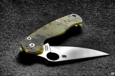 Spyderco Paramilitary 2 by ZORIN DENU, via Flickr