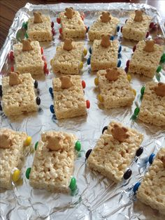 pinewood derby snacks | Pinewood Derby Treats | All Around Scouting rice crispy treat 'cars' cub scouts