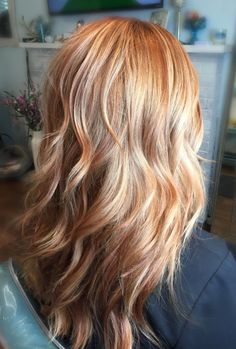 Red Bayalage, Red Balayage Hair, Hair Highlights, Ginger Hair Color, Strawberry Blonde Hair Color, Hair Color And Cut, Blonde Hair With Copper Lowlights, Medium Hair Styles, Curly Hair Styles