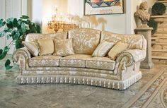 Picture of Paloma ring, classic style sofa