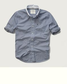 Contrast Collar Poplin Pocket Shirt, light blue, US$68 (online exclusive)   Lightweight and comfortable poplin with contrast collar and logo embroidered pocket at left chest, Muscle Fit, Imported   100% cotton   STORE ITEM: 125-168-1954-021 / WEB ITEM: 104124