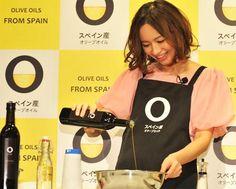 Los aceites de oliva españoles, líderes en EE.UU. y Japón http://diariodegastronomia.com/mercado/productos/16766-los-aceites-de-oliva-espanoles-lideres-en-eeuu-y-japon.html vía @DGastronomia