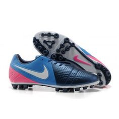 brand new 31513 26039 New Nike Maestri III lol I picked these out for my dad! Adidas Soccer ShoesSoccer  BootsCheap Football ...