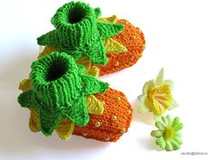 """Baby booties """"Flowers Fairy Booties"""" knit baby shoes baby girls booty/ size 0-3M"""