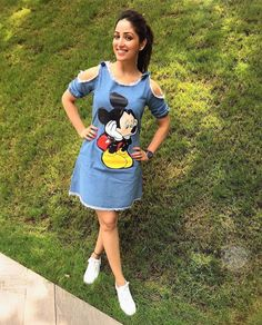 Sizzling Quotient Yami Gautam, the pretty young thing from Chandigarh is a cinematic delight. The model turned TV actress turned movie star has had plenty of notable roles on television, ad campaigns. Girls Fashion Clothes, Teen Fashion Outfits, Girl Outfits, Fashion Dresses, Fashion Hacks, Fashion Styles, Western Dresses For Women, Western Outfits, Trendy Dresses