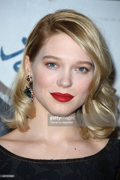 Les 10 beauty looks cultes de l a seydoux french beauty hair inspo and makeup - Emploi femme de chambre a paris ...