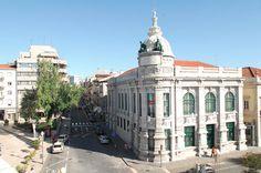 As obras arquitetónicas da autoria de Moura Coutinho dão o mote para mais uma visita guiada integrada no programa 'À Descoberta de Braga'. Esta iniciativa